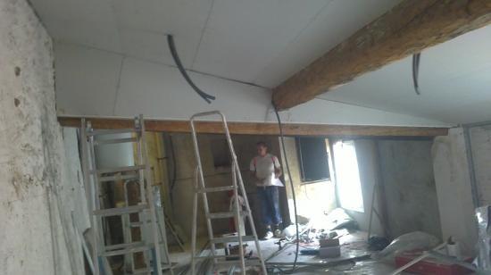 combles d'environ 45m² aménagés en 3 chambres