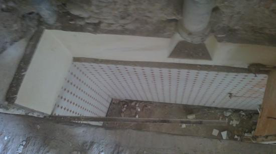 Vue sol salle de bains étage