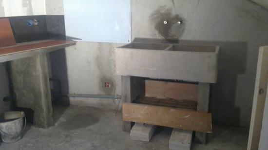 Ancien lavoir transformé en évier de cuisine